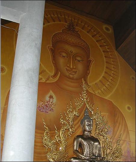 Wat Rong Khun 01